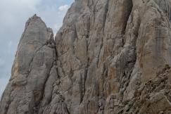 Climbers sulle fiamme di pietra