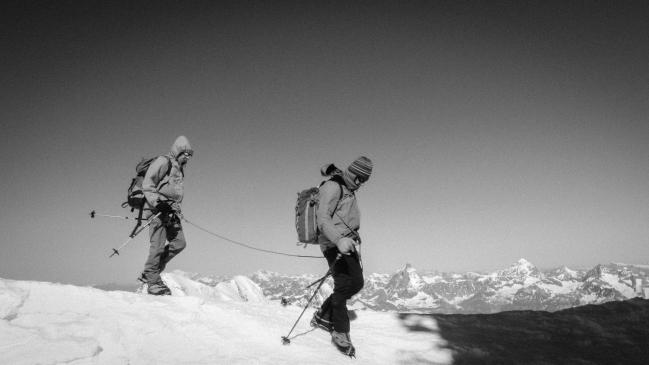 Coppia di alpinisti incontrata mentre scendevamo a valle. Old style.