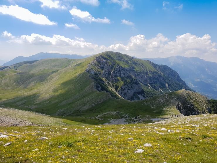 Monte Ginepro, con il Viglio e Campo Catino sullo sfondo