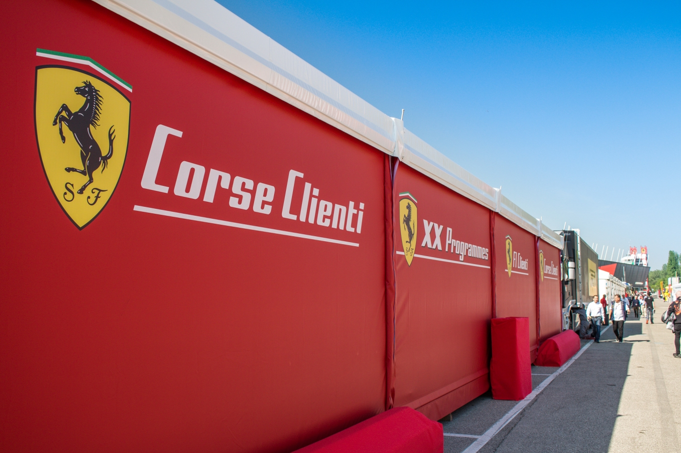 Ferrari-Corse-Clienti-1