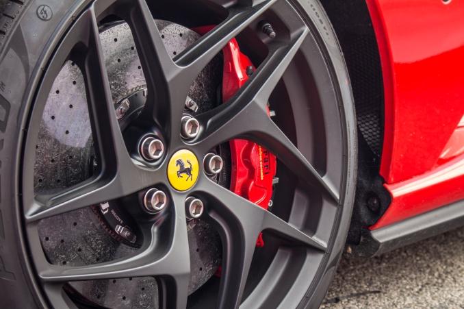 Ferrari-Corse-Clienti-2